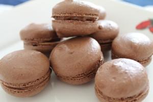 Macarons au chocolat,la recette dans les macarons img_1601-300x200