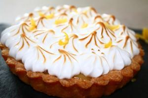 tarte au citron meringuée,huuum ma préférée!!!! dans tartes img_4267-300x199